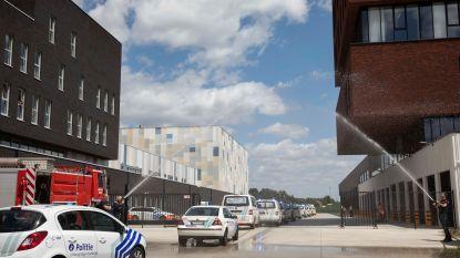 Nieuwe 'Veiligheidskazerne' van burgemeester D'Haese (N-VA) peperduur? Hasselt betaalde 43 miljoen euro voor vergelijkbare kazerne