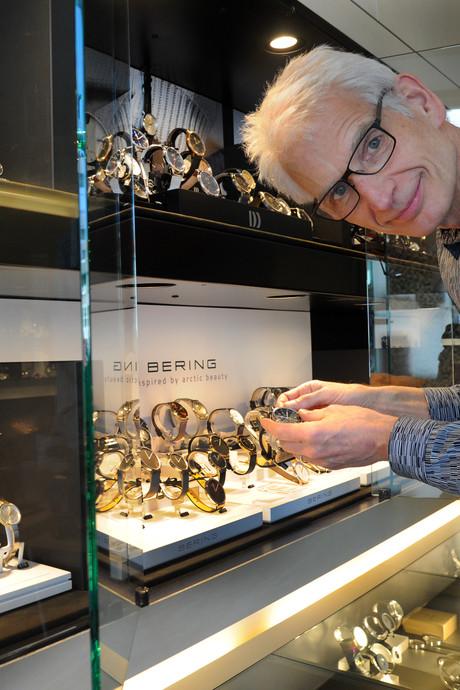 800 klokjes vooruit in horlogewinkel, 'Van mij mogen ze zomertijd afschaffen'