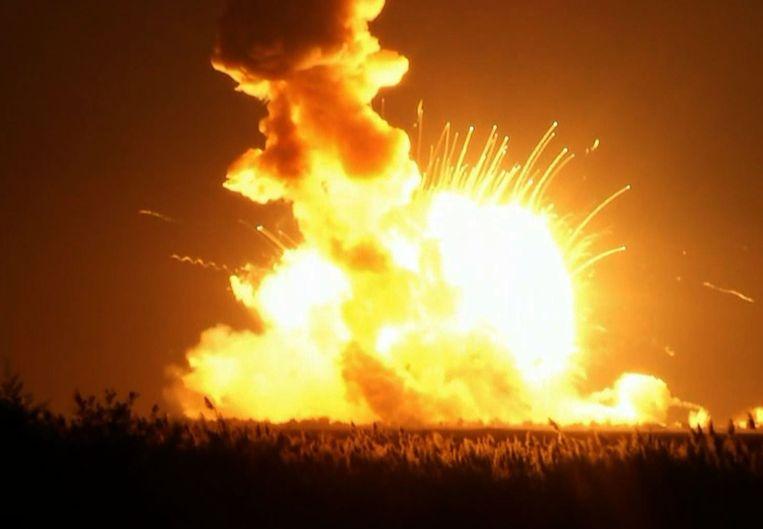 Een onbemande raket die een vrachtmodule naar het ruimtestation ISS zou brengen, is vlak na de lancering ontploft. Beeld afp