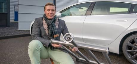 Zierikzeeënaar bedenkt oplossing voor het blussen van elektrische voertuigen