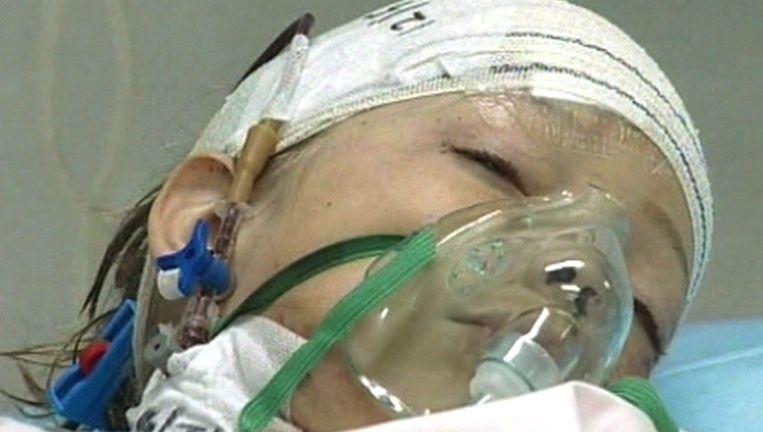 Ruben van Assouw is de enige overlevende van de vliegtuigcrash. De 8-jarig jongen ligt momenteel in een ziekenhuis in Tripoli.