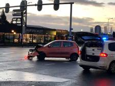 Automobilist belandt in ziekenhuis na aanrijding in Oldenzaal