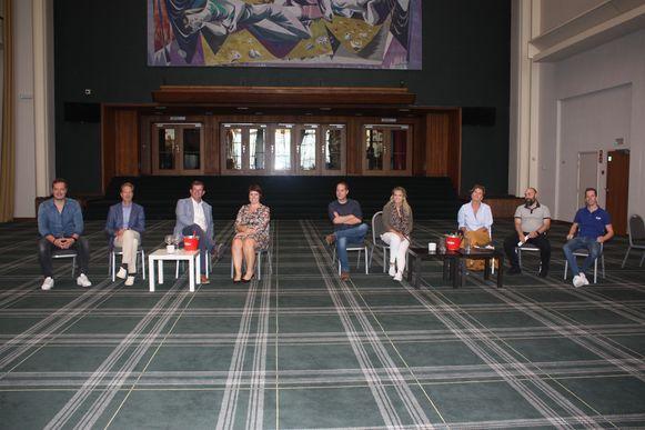 Het Kursaal organiseert in augustus een reeks kleinschalige concerten in deze erehal.