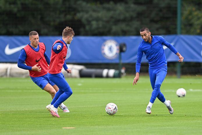 Hakim Ziyech heeft zijn entree gemaakt op de groepstraining van Chelsea.