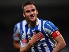 FC Eindhoven-aanvoerder Van den Boomen in race doelpunt van het jaar