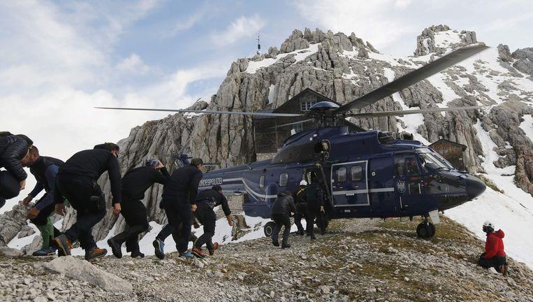 Duitse agenten doen de nodige trainingen naar aanleiding van de topconferentie op het Beierse slot Elmau.