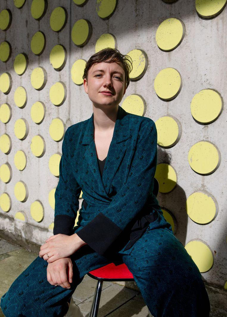 Lisa Huissoon: 'Als andere mensen ook een Alle mensen die ik ken willen schrijven, zou ik dat heel leuk vinden'.   Beeld Lin Woldendorp