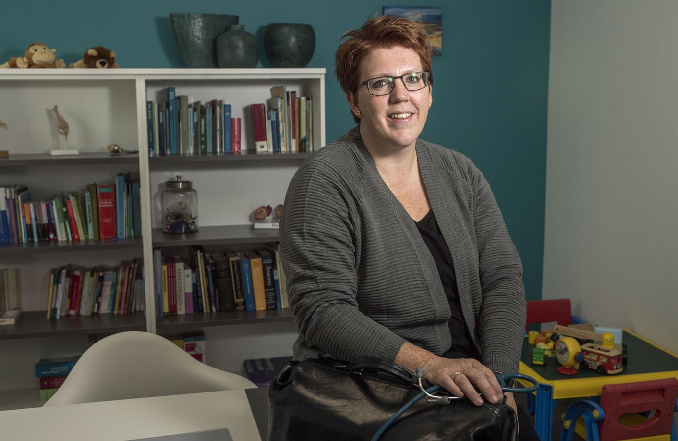 Miriam Doornweerd nam in januari een bestaande dokterspraktijk over en heeft veel lol in haar werk
