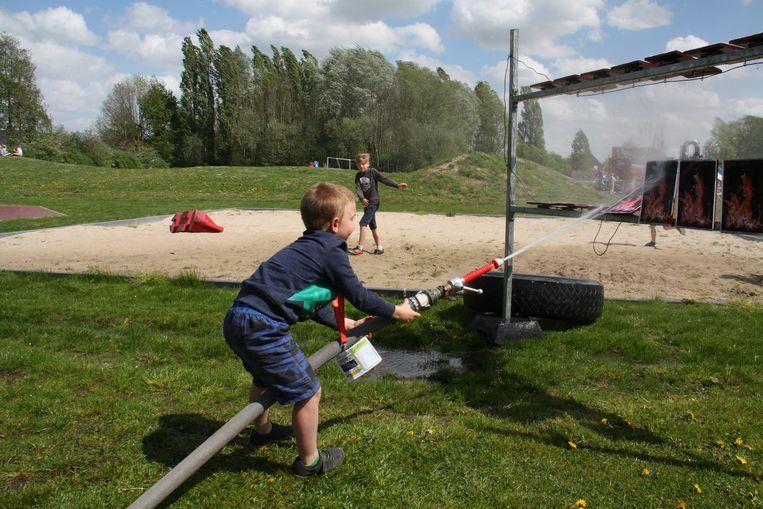 Wat is er leuker dan brandweer spelen?