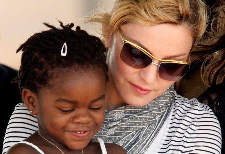 Madonna en Mercy James, Madonna's oudste dochter uit Malawi