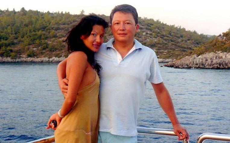 De Kazachse miljardair Timur Kulibayev kocht Andrews huis voor ruim 3,5 miljoen euro méér dan de vraagprijs van 14 miljoen euro, hoewel er geen andere bieders waren.
