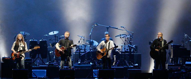 The Eagles spelen Hotel California in 2009 Beeld anp