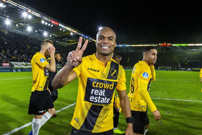 Zaterdag 22 december speelde NAC met shirtreclame voor crowdfunding om het Rat Verlegh stadion in eigen handen te krijgen.  De wedstrijd tegen Heerenveen werd met 4-2 gewonnen, met twee goals van Mikhail Rosheuvel.