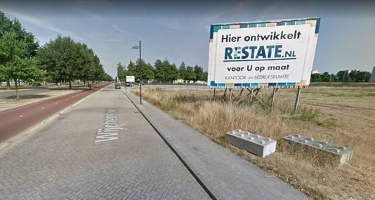 De plek aan de Wijchenseweg waar een nieuw kantoorpand komt.
