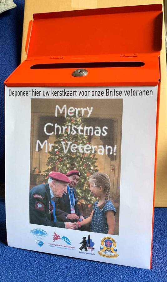 Postbus voor de actie 'Merry Christmas Mr Veteran' in Arnhem en Oosterbeek