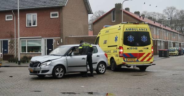 Automobilist gewond door ongeluk in Tilburg.