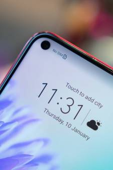 Piepklein gat zorgt voor veel meer scherm op nieuwe telefoon