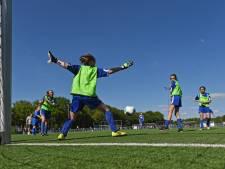 'Het zal toch niet zo zijn dat onze kinderen niet kunnen sporten omdat die randdebielen tekeergaan?'