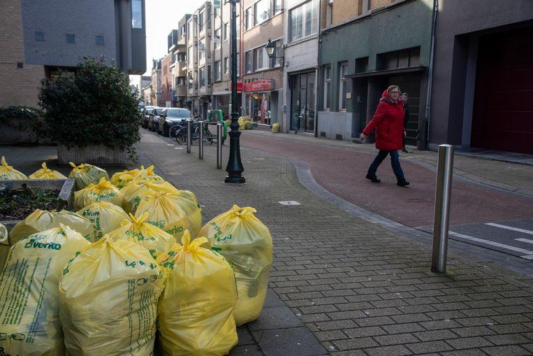 In het centrum van Wetteren blijft het huisvuil opnieuw staan. Ditmaal door de nationale vakbondsacties.