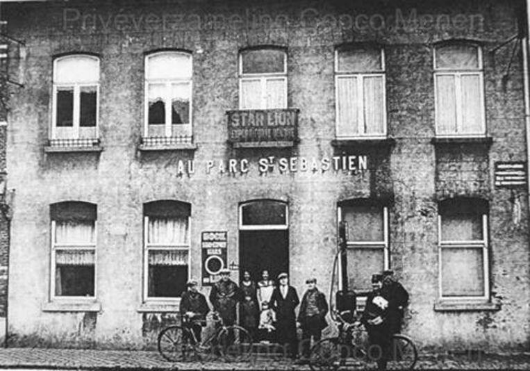 Een café in de Ieperstraat in Menen.