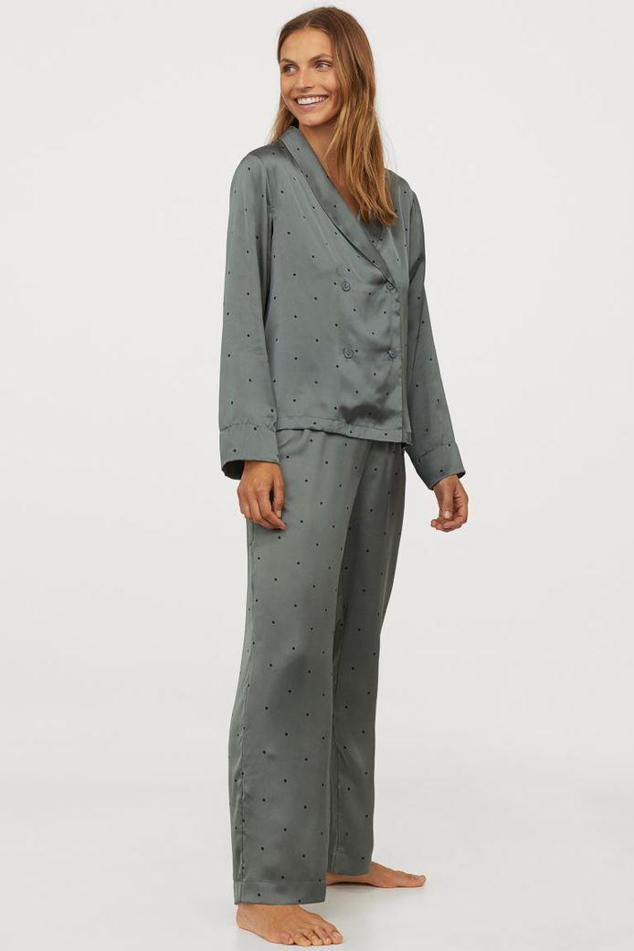 Pyjama en satin H&M - 29,99 euros.