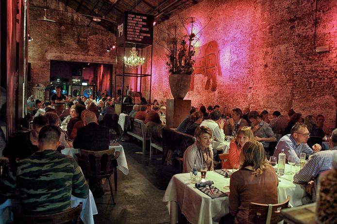 Koej kan met z'n ribeye en rumpsteak misschien klinken als een ruige mannentent, het nieuwe pop-uprestaurant in Bergen op Zoom valt ook bij de dames in de smaak.