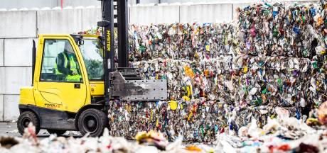 Afvalbelasting schiet weer omhoog, ondanks beter scheiden door machines en huishoudens