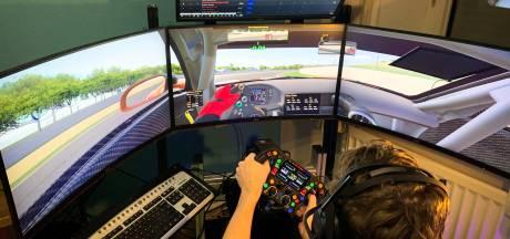 Autocoureur Rik Breukers vult zijn dagen nu met virtueel racen
