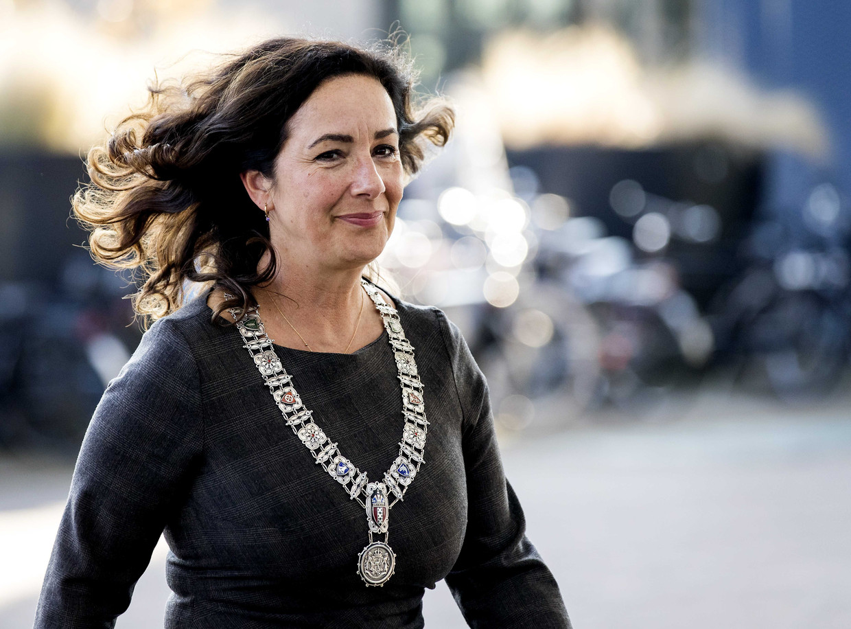 Volgens de burgemeester is  11 procent van de Amsterdammers slachtoffer geweest van online criminaliteit. Beeld Koen van Weel/ANP