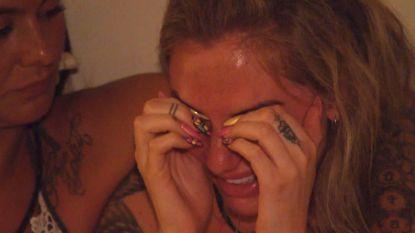 """Rosanna in tranen op Temptation Vips: """"Dit kun je toch niet doen, met een of andere lelijke hoer!"""""""