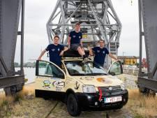 Samen in de Panda naar Mongolië: Olivier, Miguel en Elias doen het voor het avontuur én voor Mercy Ships