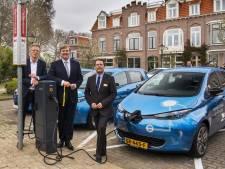 Koning bij lancering duurzame deelauto's in Utrecht
