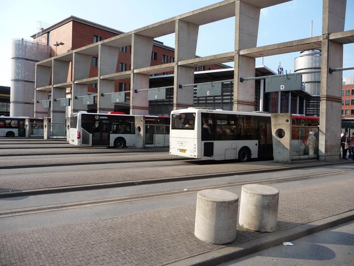 Arriva rijdt sinds half december niet meer met grote bussen binnen de stadsring van Den Bosch.