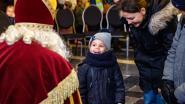 IN BEELD. Sinterklaas arriveert met paard en kar in Mortsel