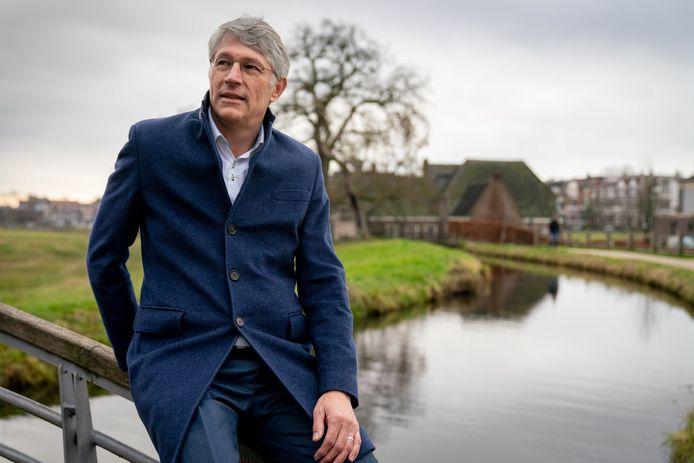 Dijkgraaf Hein Pieper van het Waterschap Rijn en IJssel houdt woensdag 13 maart een praatje voor het Waterschapsdebat dat wordt georganiseerd in Doetinchem.