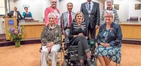 Zwolle eert zes inwoners met koninklijke onderscheiding