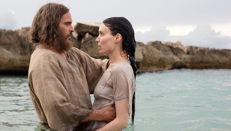 Rooney Mara en Joaquin Phoenix in de film Mary Magdalene. Beeld Jonathan Olley