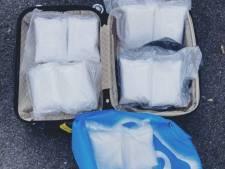 Politie vindt 10 kilo speed met straatwaarde van bijna een ton in kofferbak