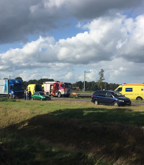 Ernstig ongeluk op N35 Nijverdal: weg weer open