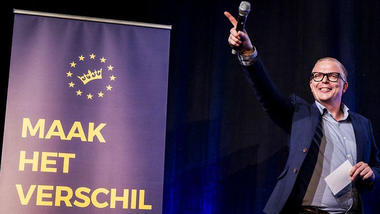 Referenda reduceren de werkelijkheid tot voor of tegen en zijn daarmee een grotere karikatuur van iemands opvattingen dan de stem op een politieke partij, schrijft Goslinga. Beeld anp