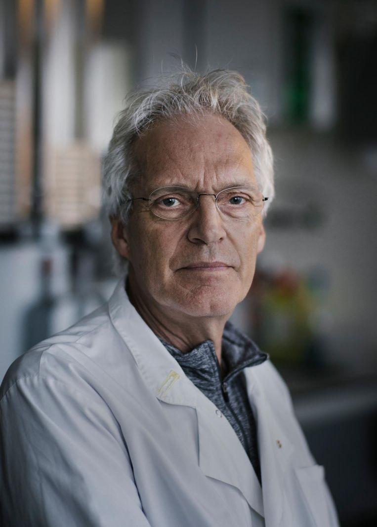 René Bernards: 'Niet negen van de tien onderzoeken mislukken, zoals de industrie beweert, maar vijf van de tien' Beeld Marc Driessen