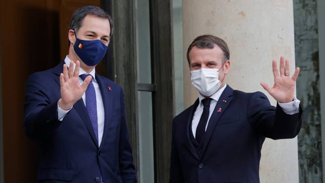 """De Croo spreekt Macron tijdens eerste buitenlandbezoek als premier: """"We hebben zelfde visie"""""""