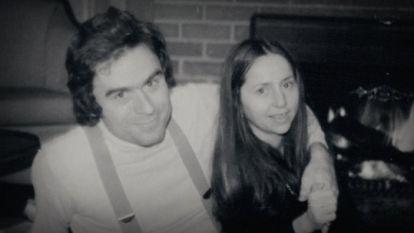 Ex-vriendin seriemoordenaar Ted Bundy klapt voor het eerst uit de biecht in documentaire