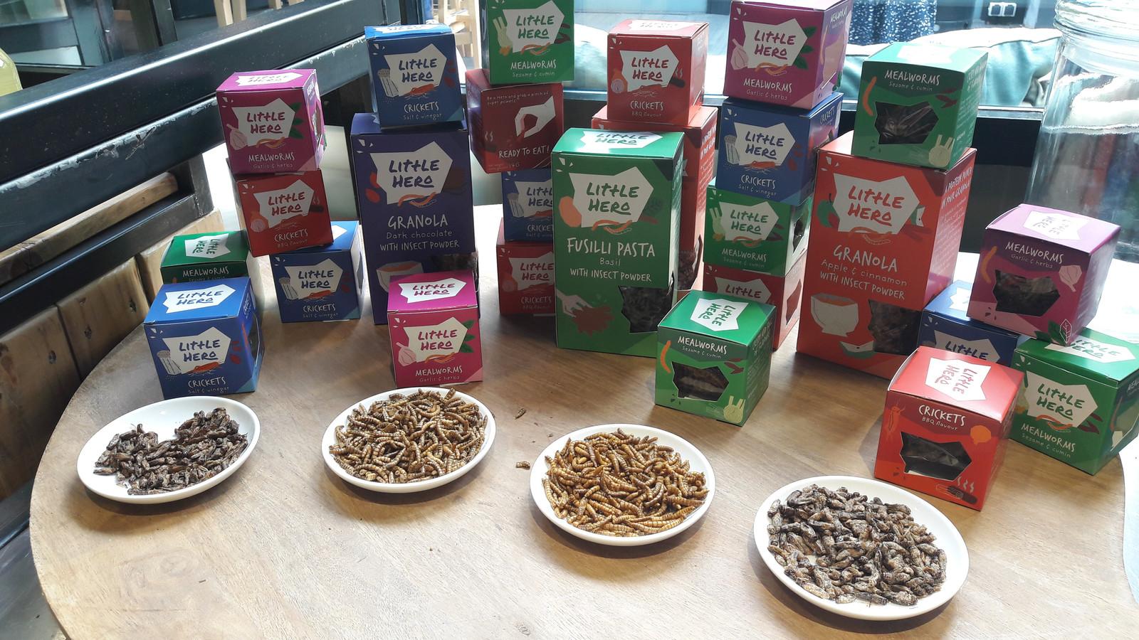 Superfoods van Little Hero. Basismateriaal: eetbare insecten zoals meelworm.