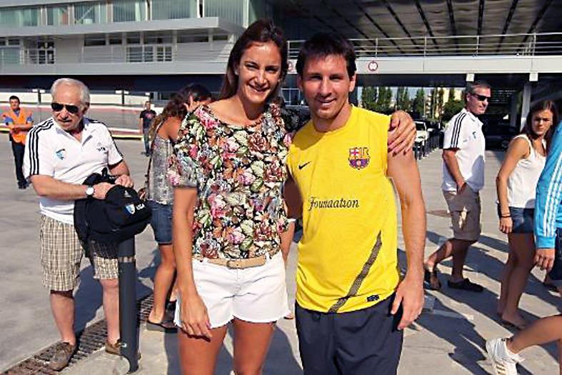 Luciana Aymar en Lionel Messi in 2011.