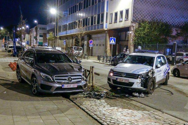 Vier geparkeerde wagens raakten beschadigd