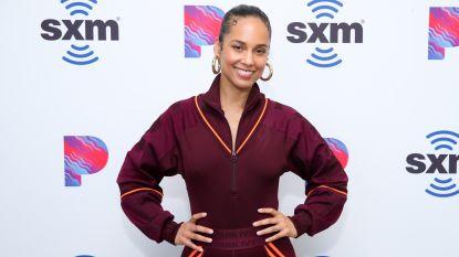 """""""Eigenlijk had ik moeten eindigen als prostituee, of drugsverslaafde"""": Alicia Keys openhartig over moeilijke jeugd"""