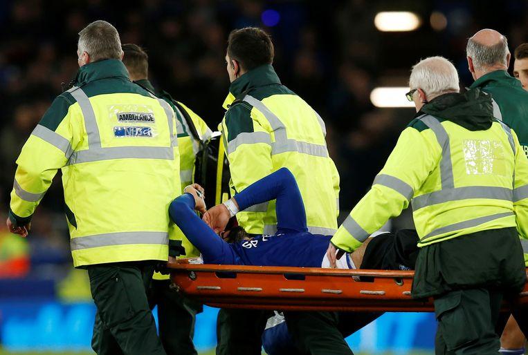 André Gomes werd kermend van de pijn het veld afgevoerd.