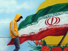 Deux morts et des dizaines d'arrestations en Iran suite à la hausse des prix de l'essence
