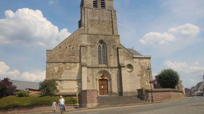 Koperdieven aan de haal met regenpijpen Sint-Martinuskerk